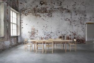 Nikarin moderni täyspuu pöytäryhmä industrial henkisessä tilassa